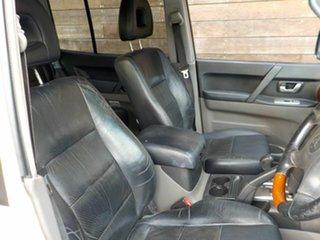 2004 Mitsubishi Pajero NP MY05 Exceed White 5 Speed Sports Automatic Wagon