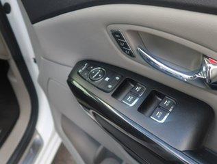 2017 Kia Carnival YP MY18 Platinum White 6 Speed Sports Automatic Wagon