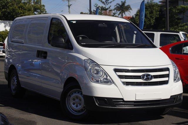 Used Hyundai iLOAD TQ3-V Series II MY17 Crew Cab Mount Gravatt, 2016 Hyundai iLOAD TQ3-V Series II MY17 Crew Cab White 5 Speed Automatic Van
