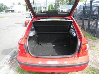 2004 Hyundai Elantra XD 2.0 HVT Red 5 Speed Manual Hatchback