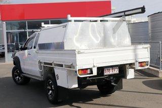 2009 Toyota Hilux KUN26R MY09 SR5 Xtra Cab White 5 Speed Manual Utility.