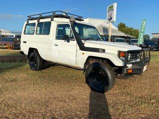 2000 Toyota Landcruiser HZJ78R Troopcarrier White 5 Speed Manual Wagon.