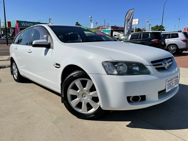 Used Holden Berlina VE MY10 Victoria Park, 2010 Holden Berlina VE MY10 White 6 Speed Automatic Sportswagon
