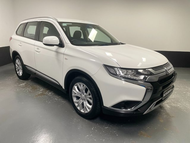Used Mitsubishi Outlander ZL MY19 ES 2WD Raymond Terrace, 2019 Mitsubishi Outlander ZL MY19 ES 2WD White 6 Speed Constant Variable Wagon