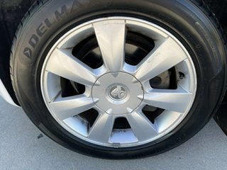 2010 Holden Berlina VE MY10 White 6 Speed Automatic Sportswagon
