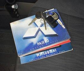 2005 Mitsubishi Pajero NP MY06 GLS LWB (4x4) Silver 5 Speed Auto Sports Mode Wagon.