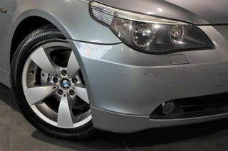 2006 BMW 5 Series E60 530i Steptronic Grey 6 Speed Sports Automatic Sedan.