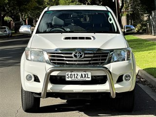 2013 Toyota Hilux KUN26R MY14 SR5 Double Cab White 5 Speed Automatic Utility.