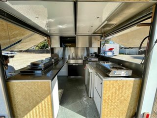 2016 TR 2000 Food Van Advance TR 2000 White.