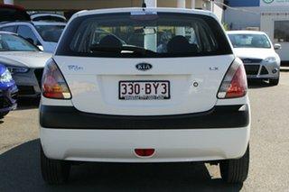 2007 Kia Rio JB Clear White 5 Speed Manual Hatchback