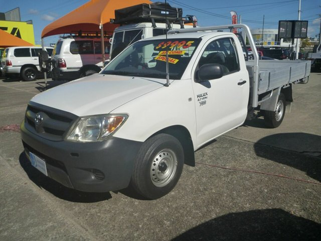 Used Toyota Hilux TGN16R MY07 Workmate 4x2 Morayfield, 2007 Toyota Hilux TGN16R MY07 Workmate 4x2 White 5 Speed Manual Cab Chassis