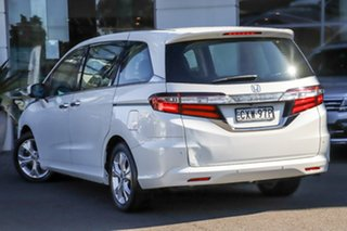 2015 Honda Odyssey RC MY15 VTi White 7 Speed Constant Variable Wagon.