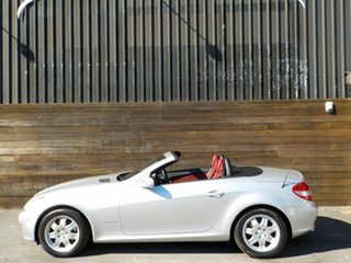 2006 Mercedes-Benz SLK-Class R171 MY06 SLK200 Kompressor Silver 5 Speed Automatic Roadster.