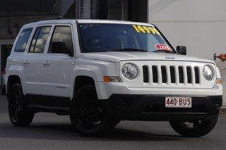 2014 Jeep Patriot MK MY14 Sport 4x2 White 5 Speed Manual Wagon.