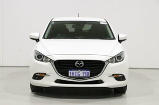 2018 Mazda 3 BN MY18 SP25 Pearl White 6 Speed Automatic Hatchback.