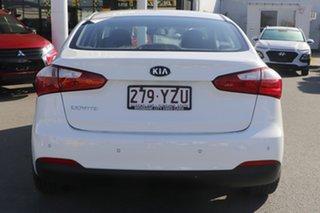 2013 Kia Cerato TD MY13 S Clear White 6 Speed Manual Sedan