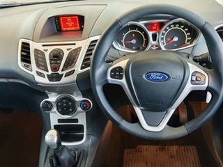2009 Ford Fiesta WS Zetec Silver 5 Speed Manual Hatchback.