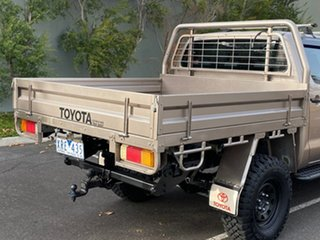 2010 Toyota Hilux KUN26R MY10 SR Gold 5 Speed Manual Cab Chassis