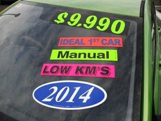 2014 Hyundai Accent Green 5 Speed Manual Hatchback