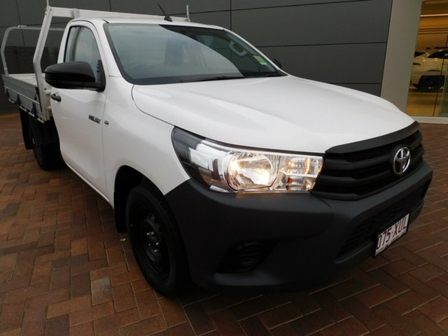 Used Toyota Hilux TGN121R Workmate 4x2 Toowoomba, 2018 Toyota Hilux TGN121R Workmate 4x2 White 6 Speed Sports Automatic Cab Chassis