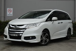 2016 Honda Odyssey RC MY16 VTi-L White 7 Speed Constant Variable Wagon.