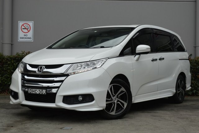 Used Honda Odyssey RC MY16 VTi-L Maitland, 2016 Honda Odyssey RC MY16 VTi-L White 7 Speed Constant Variable Wagon