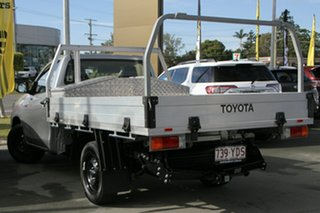 2017 Toyota Hilux TGN121R Workmate 4x2 Silver 5 Speed Manual Cab Chassis.