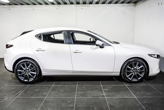 2021 Mazda 3 BP2H7A G20 SKYACTIV-Drive Evolve White 6 Speed Sports Automatic Hatchback