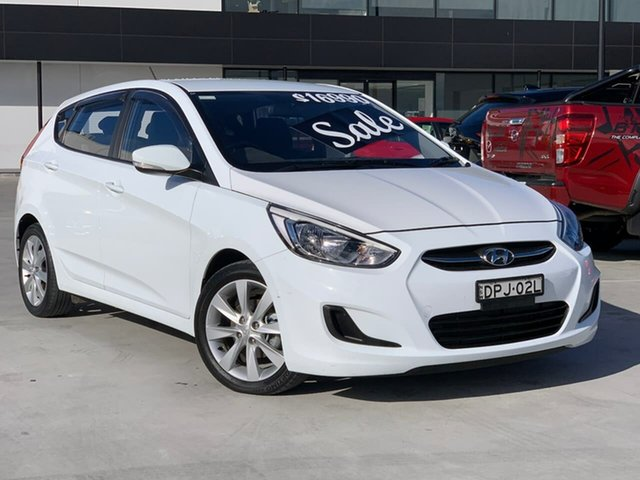 Used Hyundai Accent RB6 MY18 Sport Liverpool, 2017 Hyundai Accent RB6 MY18 Sport White 6 Speed Sports Automatic Hatchback