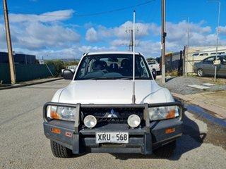 2006 Mitsubishi Pajero NS GLX LWB (4x4) White 5 Speed Auto Sports Mode Wagon.