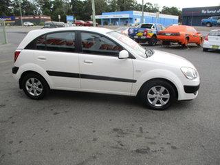 2009 Kia Rio JB EX White 4 Speed Automatic Hatchback.
