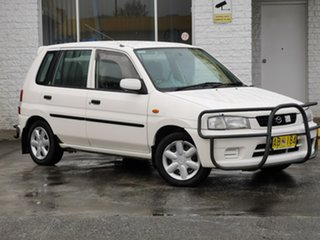 1998 Mazda 121 DW1051 Metro White/s2 4 Speed Automatic Hatchback.