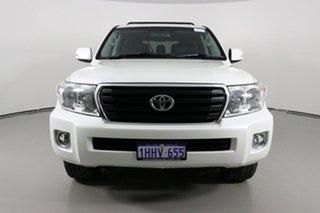 2014 Toyota Landcruiser VDJ200R Altitude (4x4) Pearl White 6 Speed Automatic Wagon.