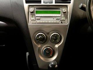 2010 Toyota Yaris NCP93R MY10 YRS Silver 5 Speed Manual Sedan