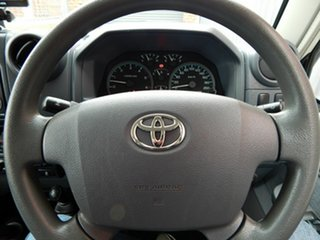 2017 Toyota Landcruiser VDJ79R GXL Double Cab White 5 Speed Manual Cab Chassis