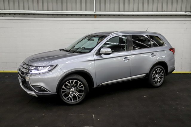 Used Mitsubishi Outlander ZK MY16 LS 4WD Canning Vale, 2015 Mitsubishi Outlander ZK MY16 LS 4WD Silver 6 Speed Constant Variable Wagon