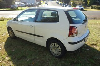 2007 Volkswagen Polo 9N MY2007 Club White 4 Speed Automatic Hatchback.