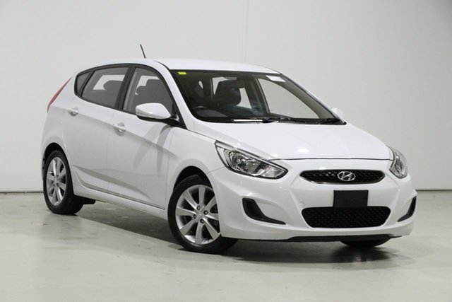 Used Hyundai Accent RB6 MY18 Sport Bentley, 2017 Hyundai Accent RB6 MY18 Sport White 6 Speed Manual Hatchback