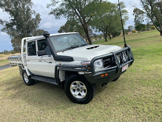 Used Toyota Landcruiser VDJ79R GXL Double Cab Moree, 2017 Toyota Landcruiser VDJ79R GXL Double Cab French Vanilla 5 Speed Manual Cab Chassis