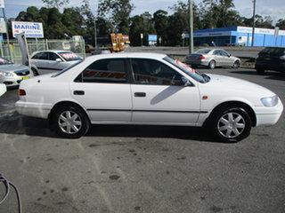 2001 Toyota Camry SXV20R (ii) CSi White 5 Speed Manual Sedan.