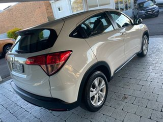 2016 Honda HR-V VTi White Constant Variable Hatchback