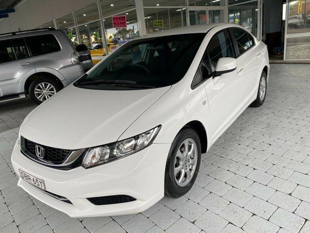 Used Honda Civic Series 2 MY15 VTi Taree, 2015 Honda Civic Series 2 MY15 VTi White 5 Speed Sports Automatic Sedan