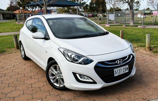 Used Hyundai i30 GD SE Coupe Ingle Farm, 2013 Hyundai i30 GD SE Coupe White 6 Speed Sports Automatic Hatchback