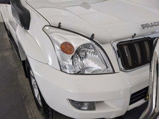 2007 Toyota Landcruiser Prado KDJ120R GXL White 6 Speed Manual Wagon.