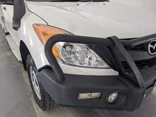 2014 Mazda BT-50 UP0YF1 XT Freestyle White 6 Speed Manual Cab Chassis.