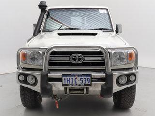 2017 Toyota Landcruiser VDJ76R GXL (4x4) White 5 Speed Manual Wagon.