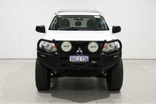 2017 Mitsubishi Triton MQ MY17 GLX (4x4) White 6 Speed Manual Dual Cab Utility.