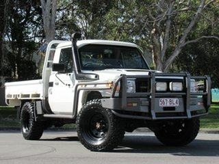 2014 Toyota Landcruiser VDJ79R Workmate White 5 Speed Manual Cab Chassis.
