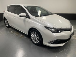2015 Toyota Corolla ZRE182R Ascent Sport White 6 Speed Manual Hatchback.