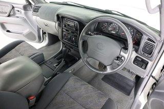 2001 Toyota Landcruiser HDJ100R GXL (4x4) White 4 Speed Automatic 4x4 Wagon